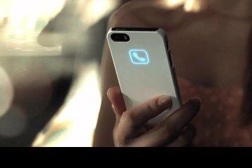 lunecase-la-carcasa-para-iphone-que-muestra-notificaciones